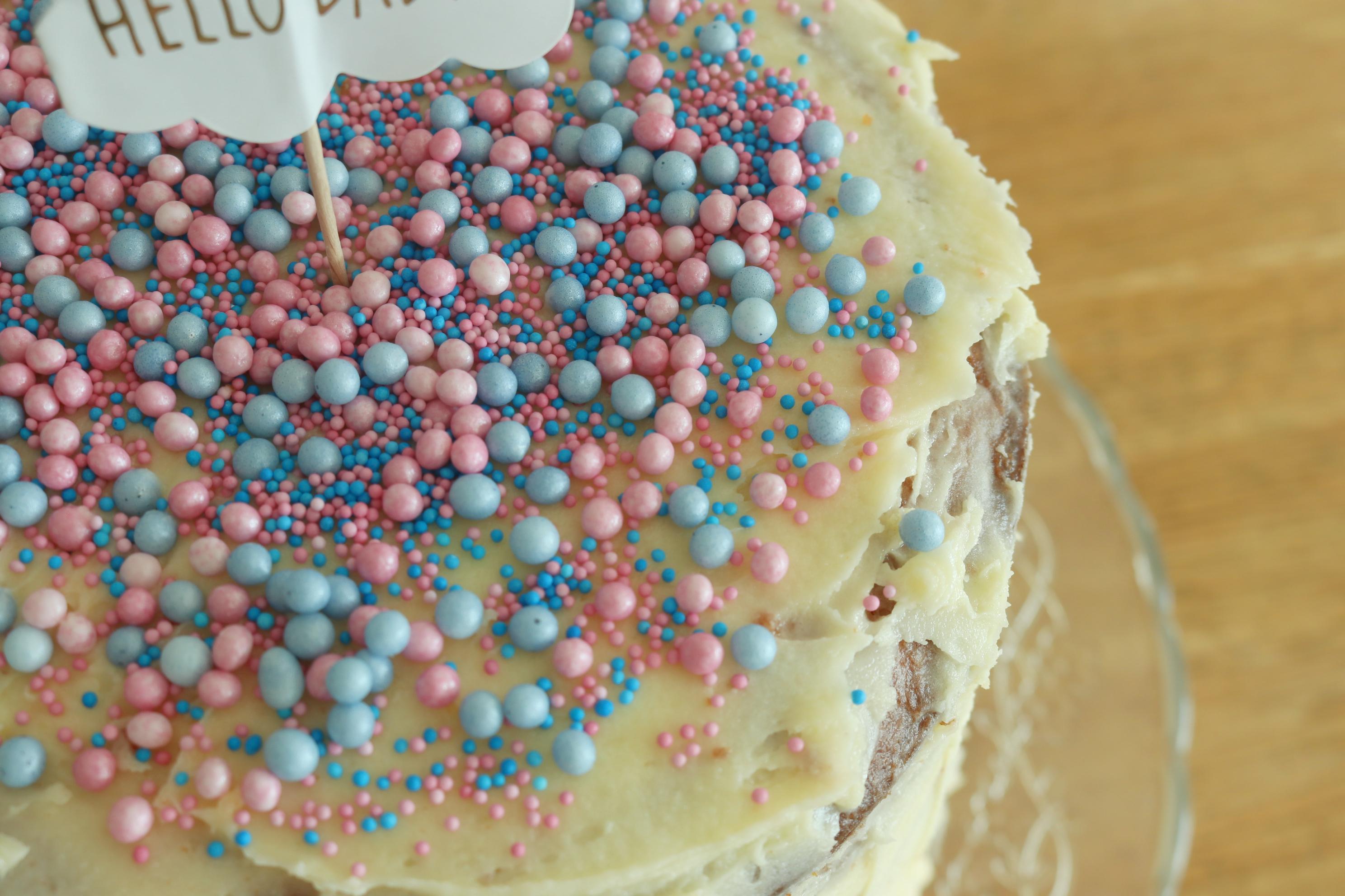 gender reveal pinata taart, gender reveal pinata cake. recept gender reveal pinata taart, recept gender reveal taart, gender reveal, pinata taart,